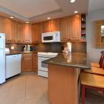 Full Kitchen in the Valley Isle Resort Studio