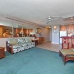 Living Room | Valley Isle Resort Studio