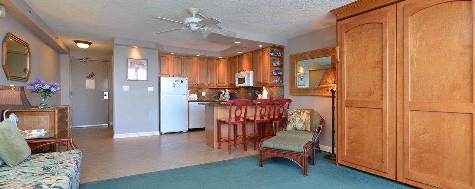 Living Room & Kitchen in the Valley Isle Resort Studio